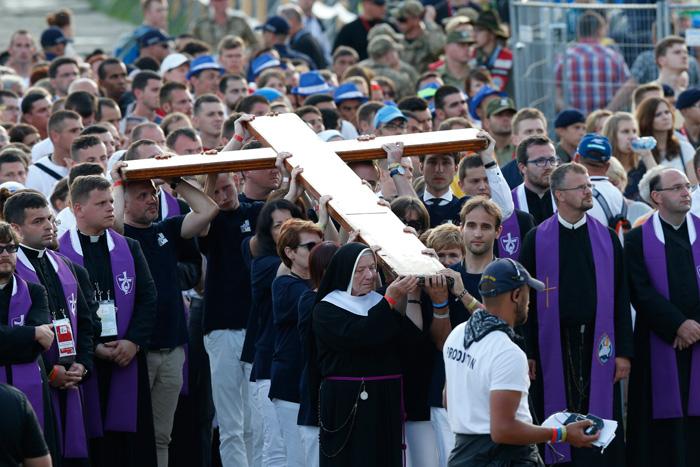 papa Francisco JMJ Cracovia 2016 vía crucis en el Parque Blonia 29 julio 2016