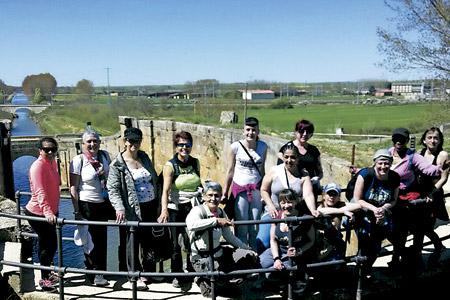 un grupo de reclusas de la cárcel de Zaballa, Álava, realizan Camino de Santiago organizado por la Diócesis de Vitoria