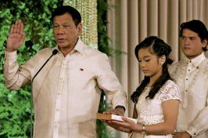 Rodrigo Duterte toma posesión como presidente de Filipinas junio 2016