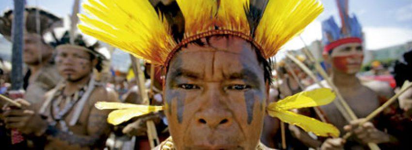 grupo de indígenas en Brasil