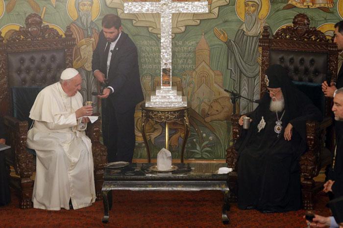 papa Francisco en Georgia encuentro con Su Beatitud Catholicós y Patriarca de Toda Georgia Ilia II 30 septiembre 2016