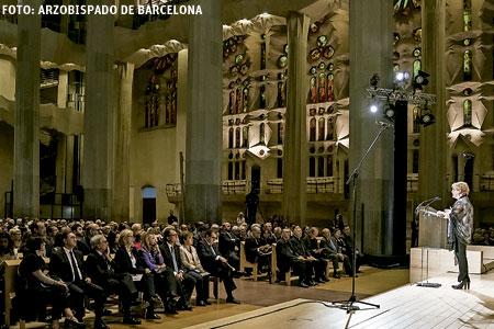 Pilar Rahola pronuncia el pregón del Domund 2016 en la basílica de la Sagrada Familia de Barcelona 15 octubre 2016