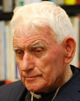 Ernest Simoni, sacerdote albanés, creado cardenal por papa Francisco 19 noviembre 2016
