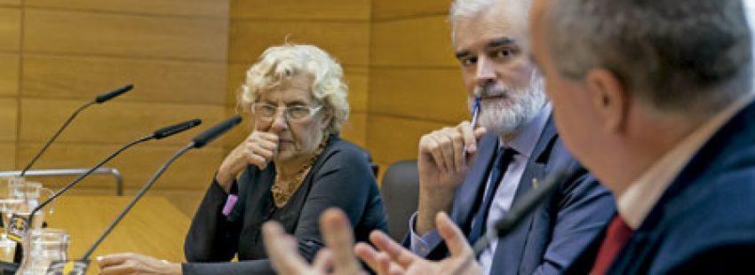 Manuela Carmena en la conferencia Soñamos la ciudad, la construimos juntos organizada por entreParéntesis Universidad Pontificia Comillas Madrid 20 octubre 2016