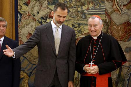 cardenal Pietro Parolin secretario de Estado vaticano con el rey Felipe VI en el Palacio de la Zarzuela 14 octubre 2016