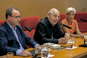 cardenal Antonio Maria Vegliò en un encuentro en Madrid con entidades eclesiales vinculadas a la pastoral de las migraciones organizado por la Universidad Pontificia Comillas octubre 2016