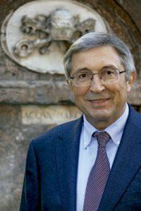 Juan Vicente Boo, corresponsal del diario ABC en Roma, periodista y escritor