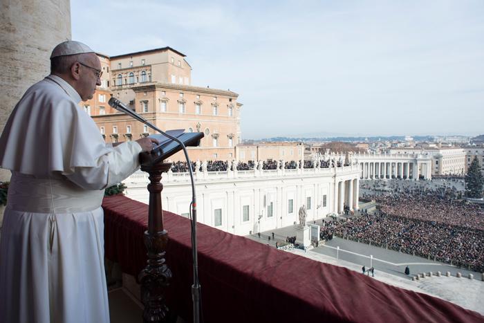 papa Francisco dirige mensaje Urbi et Orbi 25 diciembre 2016