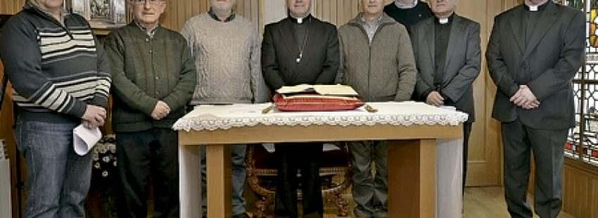 Juan Carlos Elizalde obispo de Vitoria con los miembros del nuevo consejo episcopal vicarios