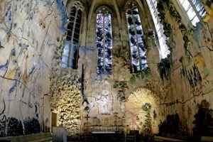 retablo cerámico en la capilla del Santísimo de la Catedral de Palma de Mallorca obra de Miquel Barceló