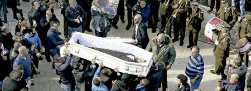 entierro en Beirut de una de las víctimas mortales del atentado de Estambul diciembre 2016
