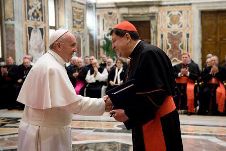 papa Francisco con Joao Braz de Aviz prefecto Congregación Institutos Vida Consagrada y Sociedades de Vida Apostólica 28 enero 2017