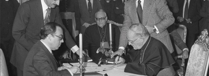 firma de los Acuerdos Iglesia-Estado enero 1979