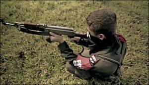 fotograma del documental Alto el fuego sobre niños soldado en Colombia Misiones Salesianas