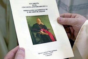 folleto de la celebración de las bodas de oro sacerdotales de Ricardo Blázquez en la catedral de Valladolid 18 febrero 2017