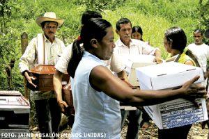 fiscalía entrega restos mortales de campesinos asesinados guerra sucia en Colombia