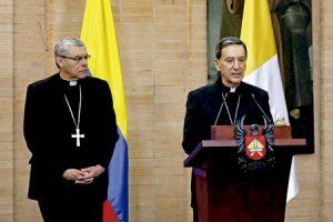 nuncio Ettore Balestrero y cardenal Rubén Salazar Gómez anuncian el viaje del papa Francisco a Colombia