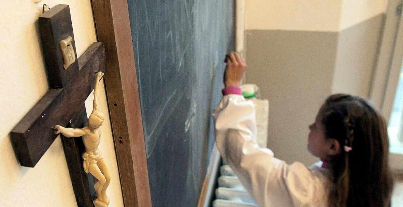 Una alumna en clase de Religión/EFE