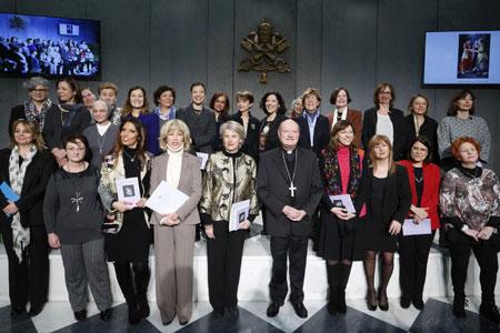 presentación de la Consulta Femenina organismo permanente dentro del Pontificio Consejo de la Cultura mujeres en la Iglesia presentación 7 marzo 2017