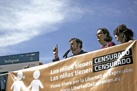 Ignacio Arsuaga presidente y otros miembros de Hazte Oír en su reciente campaña contra los transexuales