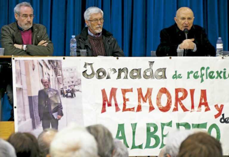 homenaje a Alberto Iniesta obispo auxiliar emérito de Madrid en Vallecas 25 marzo 2017