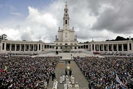 santuario de Nuestra Señora de Fátima en Portugal