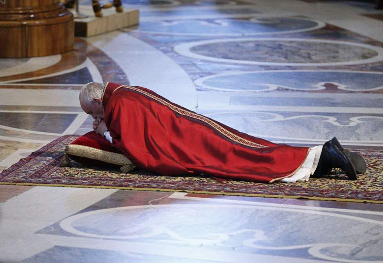 papa Francisco celebración Viernes Santo Basílica vaticana 14 abril 2017