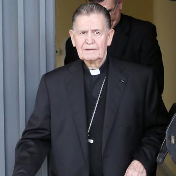 Antonio Ceballos sale del juzgado de declarar como imputado por recibir dinero para un geriátrico 25 abril 2017