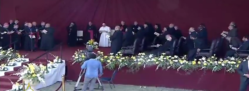 papa Francisco encuentro con sacerdotes, religiosos, religiosas y seminaristas Egipto viaje 29 abril 2017