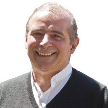 Jorge Oesterhel, sacerdote periodista escritor director de Vida Nueva Cono Sur bloguero Con la mirada puesta