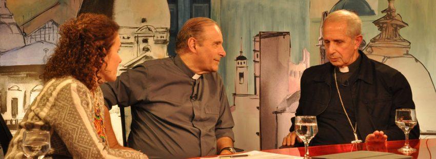 Jorge Oesterheld director de Vida Nueva Cono Sur entrevista al arzobispo de Buenos Aires Mario Poli en programa de televisión Orbe 21
