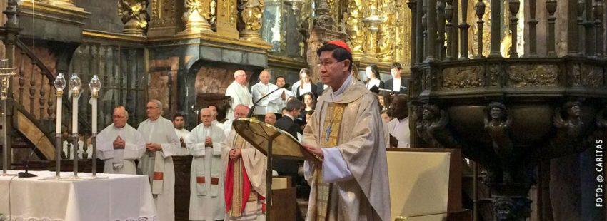 cardenal Luis Antonio Tagle arzobispo de Filipinas clasura Jornadas de Teología de la Caridad de Cáritas Santiago de Compostela abril 2017