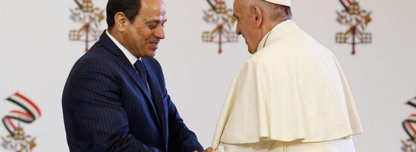 papa Francisco discurso a las autoridades civiles Egipto El Cairo viaje 28 abril 2017