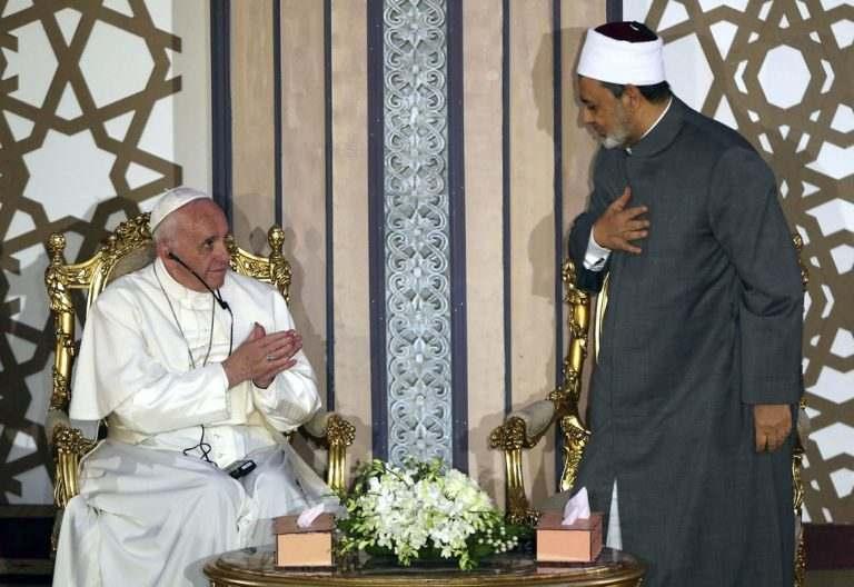 papa Francisco viaje Egipto 28 abril 2017 universidad Al-Azhar con el gran imán Ahmed al Tayyeb