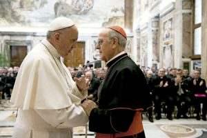papa Francisco con Ricardo Blázquez 125 aniversario del Colegio Español de Roma 1 abril 2017