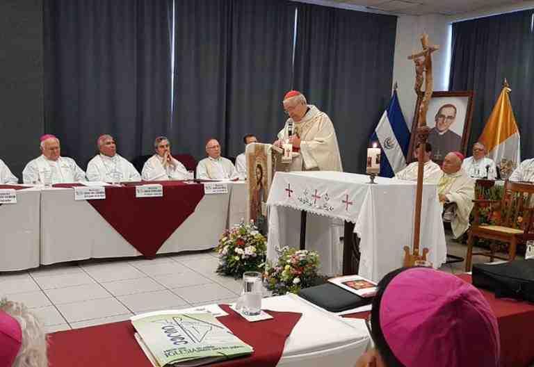 36 Asamblea Ordinaria del CELAM San Salvado mayo 2017 momento misa obispos latinoamericanos y del Caribe