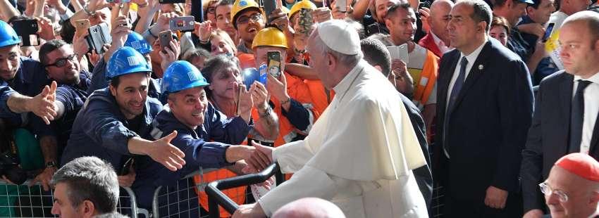 El Papa en Génova con trabajadores de la siderúrgica ILVA