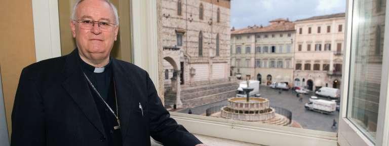 Gualtiero Bassetti cardenal arzobispo de Perugia posible presidente de la Conferencia Episcopal Italiana 2017