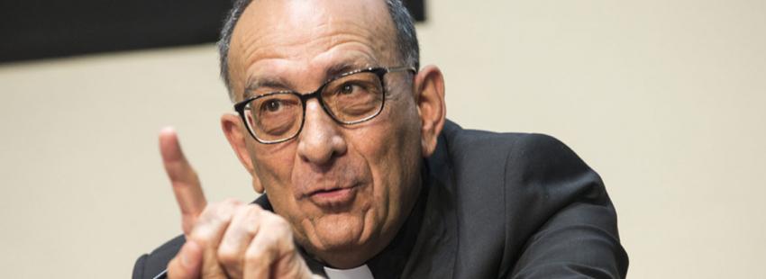 El cardenal arzobispo de Barcelona, en una rueda de prensa Juan José Omella archivo
