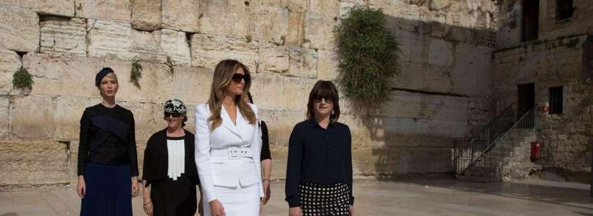 Melania e Ivanka Trump, durante su visita al Muro de las Lamentaciones primera dama hija de Donald Trump Israel 22 de mayo