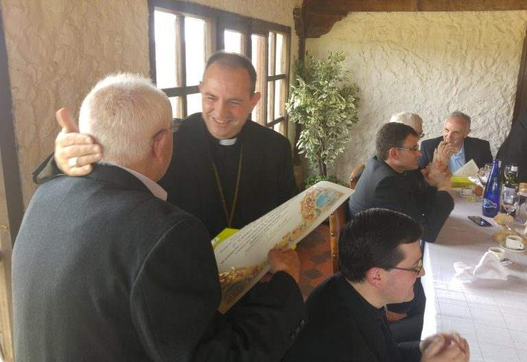 El obispo de Osma-Soria, Abilio Martínez, homenajea a los sacerdotes de la diócesis en el día de San Juan de Ávila