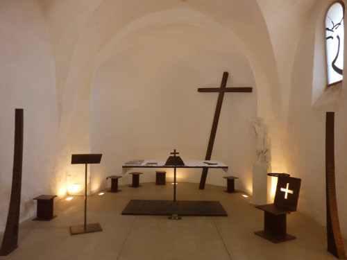 Altar de la capilla de Saint-Jean (Francia), de Bernar Venet