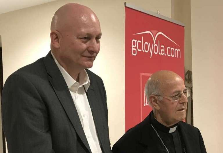 El cardenal Ricardo Blázquez, durante la presentación del libro de Daniel Pittet