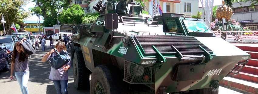 El presidente de Filipinas, Rodrigo Duterte, declara la ley marcial por un ataque del Estado Islámico 24 de mayo de 2017