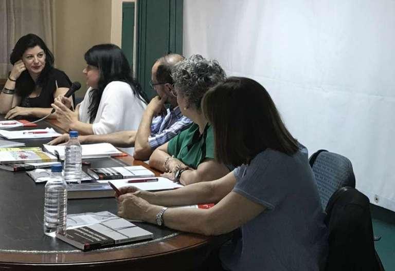 """Cristina Ruiz presenta el libro """"Hasta que la muerte (del amor) nos separe"""", en presencia de Mª Ángeles López, Mari Patxi Ayerra y Fernando Artigas"""
