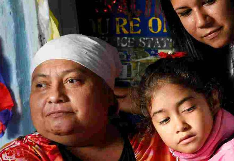 mujeres zona pobre de Paraguay esperan la visita del papa Francisco