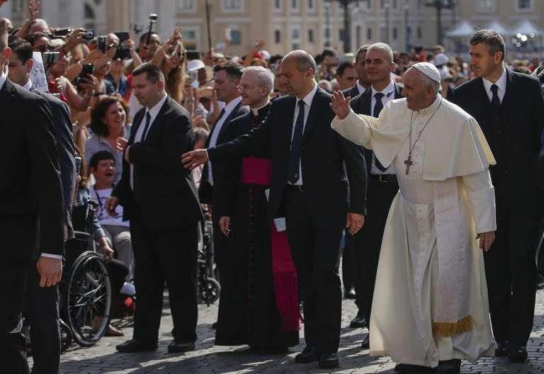 papa Francisco en la audiencia general catequesis semanal miércoles 24 mayo 2017 Plaza de San Pedro