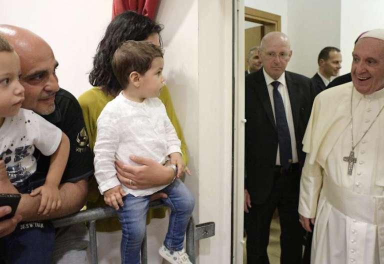 El Papa Francisco visita la parroquia romana de san Pedro Damián 21/05/2017