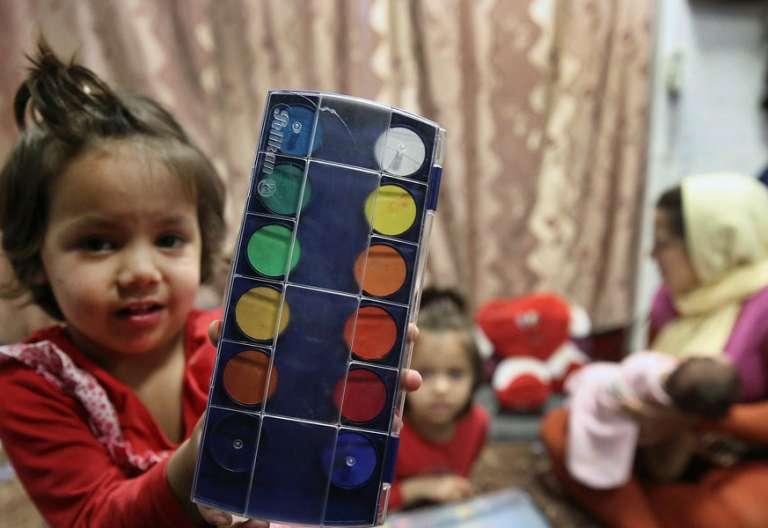 Una niña refugiada en una imagen de archivo campo de refugiados