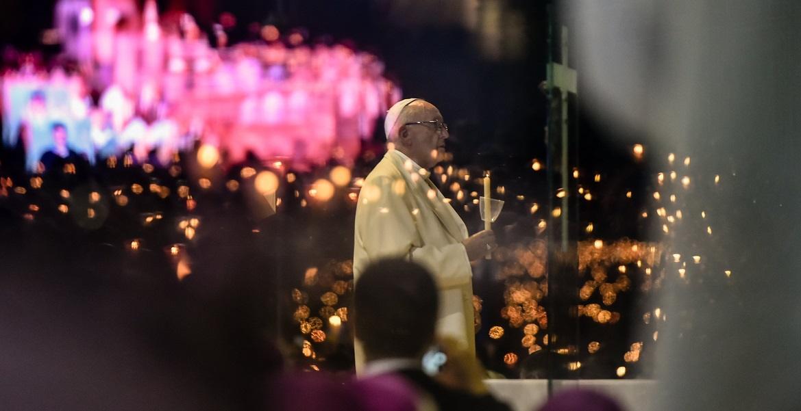 Papa Francisco, procesión de las candelas, Fátima, Portugal, 12 de mayo de 2017